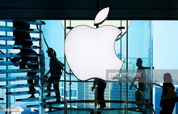 apple store - brand name stock pictures, royalty-free photos & images
