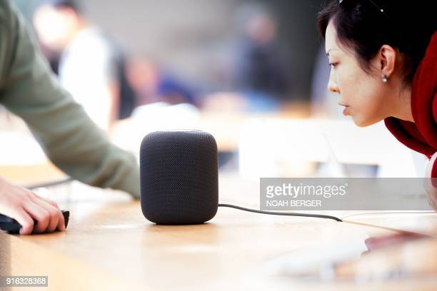 Apple's HomePod speaker rests on display at the company's retail store in San Francisco California February 9 2018 / AFP PHOTO / NOAH BERGER