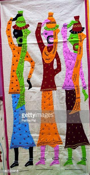 applique work at pipli near puri for decoration - aplique arte de la costura fotografías e imágenes de stock