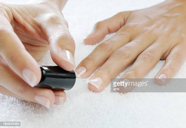 Applying Nail polish to harden Nails (XXXL)