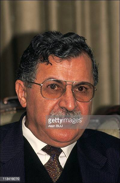 Apponents Iraqi Meeting On March 12th 1991 In Beyrouth Liban Jalal Talabani Kurdistan Democratic Party