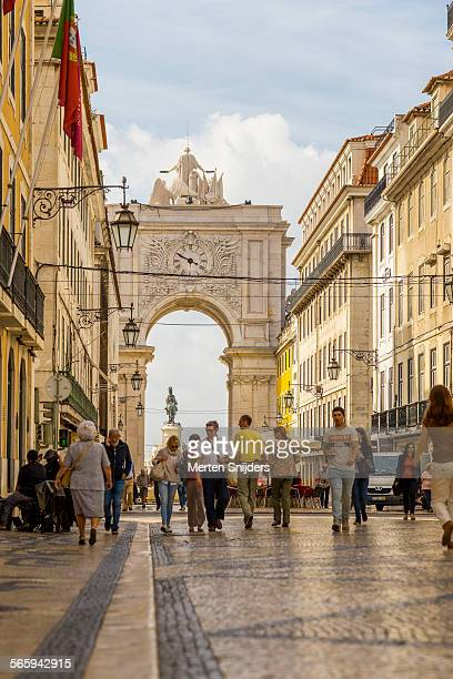 approaching arco da rua augusta - merten snijders stock pictures, royalty-free photos & images