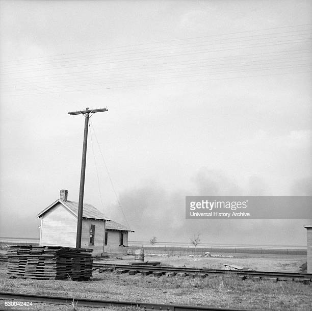 Approaching Dust Storm, Randall County, Texas, USA, Arthur Rothstein for Farm Security Administration, April 1936.