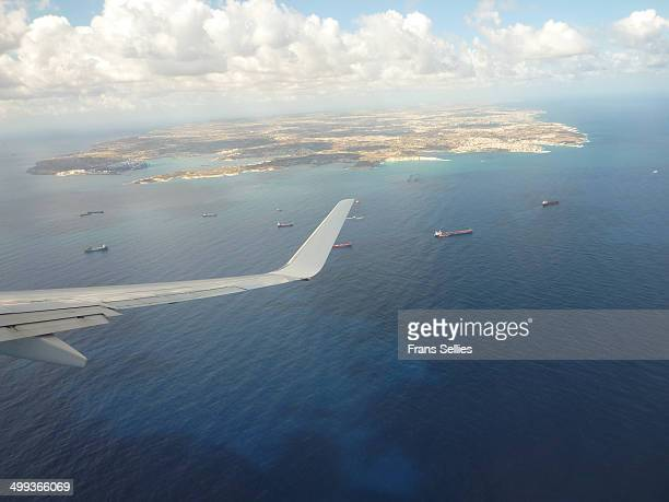 approaching malta by air - frans sellies stock pictures, royalty-free photos & images