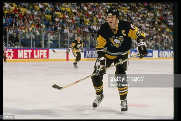 Center Mario Lemieux of the Pittsburgh Penguins skates on the ice during a game Mandatory Credit Allsport /Allsport