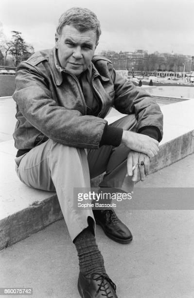 07 Apr 1987 Paris France 4/7/87 Paris France American novelist Raymond Carver