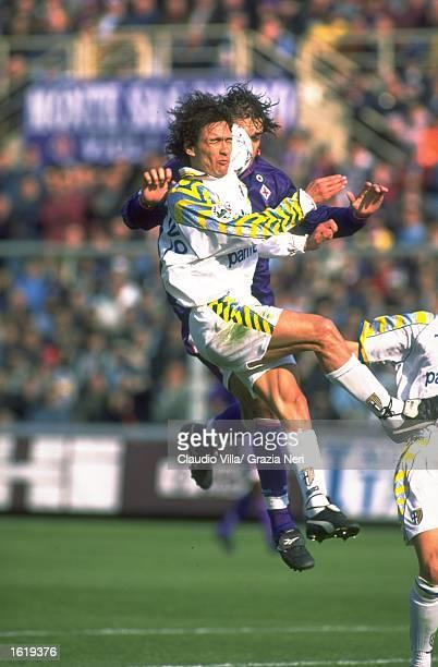 Antonio Benarrivo of Parma in action during the Serie A match against Fiorentina at the Stadio Tardini Parma Mandatory Credit Claudio Villa /Allsport