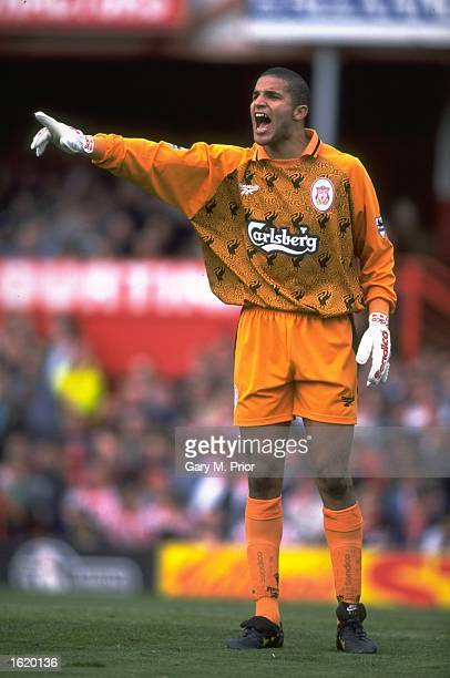 David James of Liverpool shouts to his defence during the FA Premier League match against Sunderland at Roker Park in Sunderland, England. Liverpool...