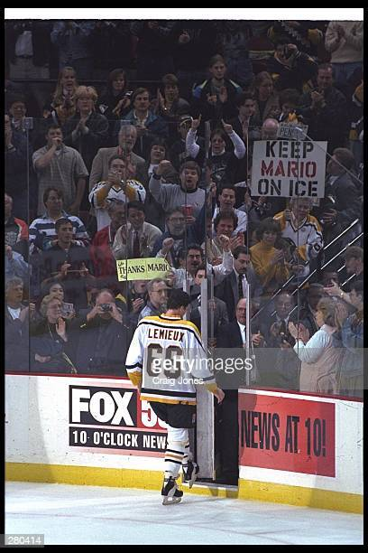 Mario Lemieux of the Pittsburgh Penguins walks off the ice at The Igloo for the last time during the Penguins 41 win over the Philadelphia Flyers in...