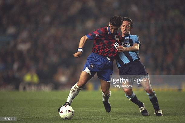 Roberto Di Matteo of Chelsea holds off Noel Whelan of Coventry City during the Premier League match at Highfield Road in Coventry, England. Coventry...