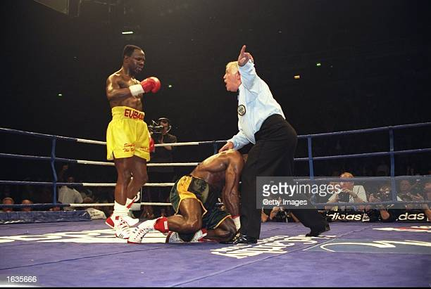 Chris Eubank knocks down Carl Thompson in the WBO Cruiserweight Championship fight held at the Manchester Arena Manchester England Carl Thompson won...