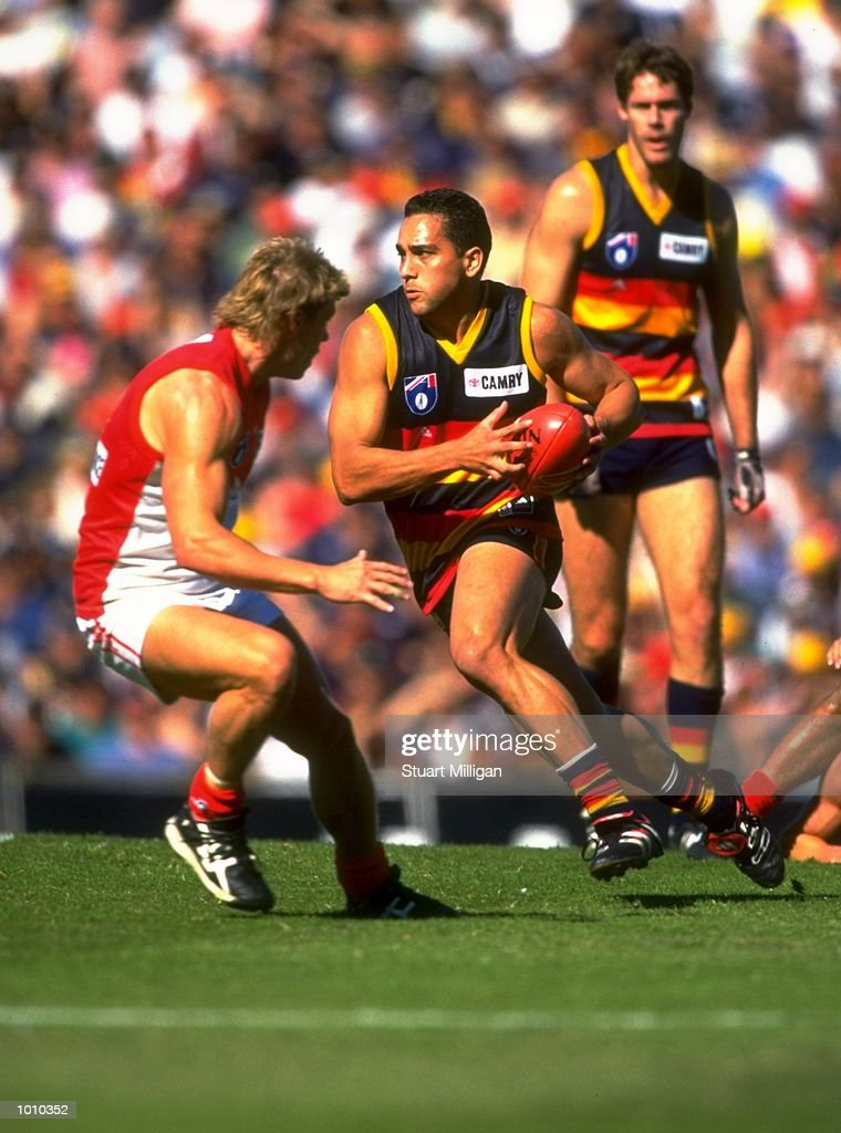 Andrew McLeod of the Adelaide Crows in action during the AFL Premiership Round 5 match against the Sydney Swans at Football Park, Adelaide, Australia. The Anzac Day game finished with the Adelaide Crows (155) defeating the Sydney Swans (74). \ Mandatory Credit: Stuart Milligan /Allsport