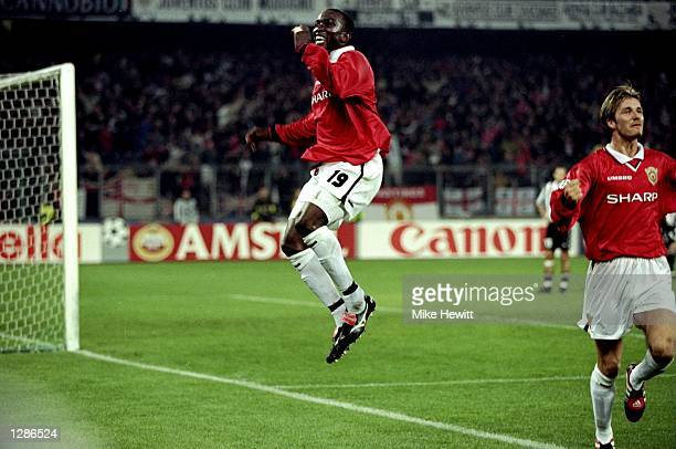Dwight Yorke of Manchester United celebrates his goal against Juventus in the UEFA Champions League semi-final second leg match at the Stadio delle...