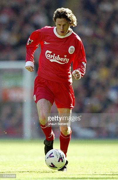 Steve McManaman of Liverpool on the ball in the FA Carling Premiership match against Aston Villa at Anfield in Liverpool England Villa won 10...