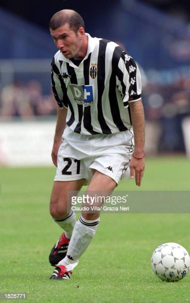 Zinedine Zidane of Juventus on the ball against Verona during the Italian Serie A match at the Stadio Bentegodi in Verona Italy Mandatory Credit...