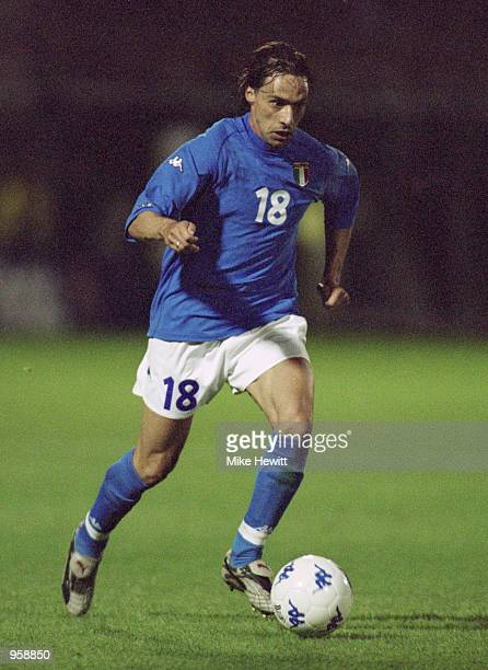 Enrico Chiesa of Italy runs with the ball during the International Friendly match against South Africa played at the Renato Curi Stadium in Perugia...