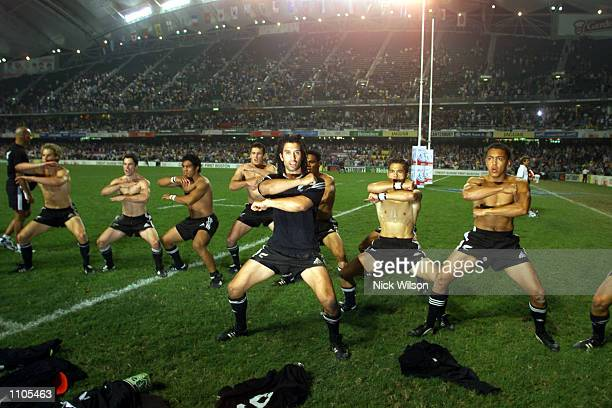 New Zealand Sevens team do a haka after beating Fiji 295 in the Final of the Hong Kong Sevens Rugbybeing played at the Hong Kong StadiumHong...