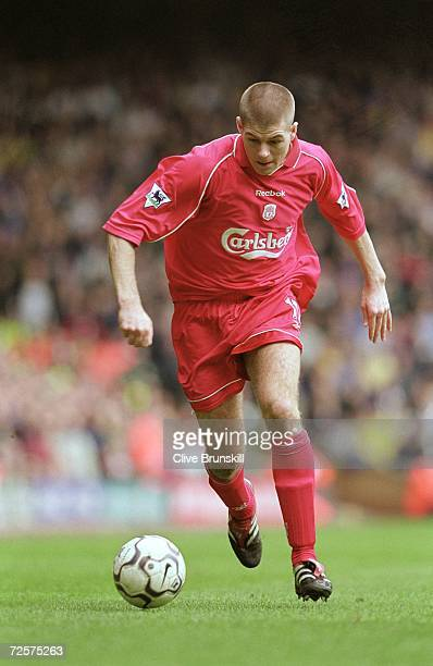 Steven Gerrard of Liverpool runs with the ball during the FA Carling Premiership match against Leeds United played at Anfield in Liverpool England...