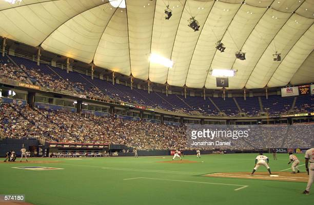 The Minnesota Twins take on the Baltimore Orioles at the Metrodome in Minneapolis, Minnesota. The Twins defeated the Orioles 4-0. DIGITAL IMAGE....