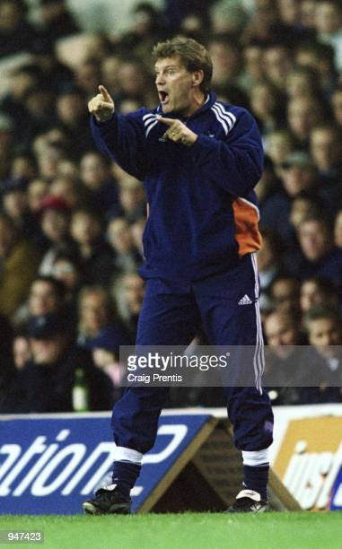 Tottenham Hotspur manager Glenn Hoddle organises from the touchline during the FA Carling Premiership match against Bradford City played at White...