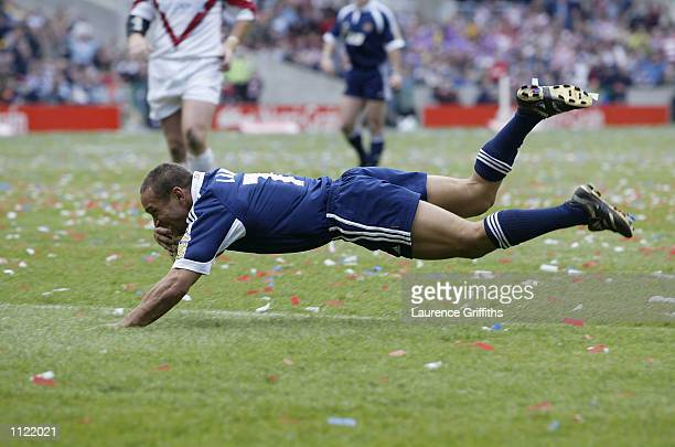 Adrian Lam of Wigan dives over to score the second try during the St Helens v Wigan Warriors Kelloggs Nutri Grain Challenge Cup Final from...