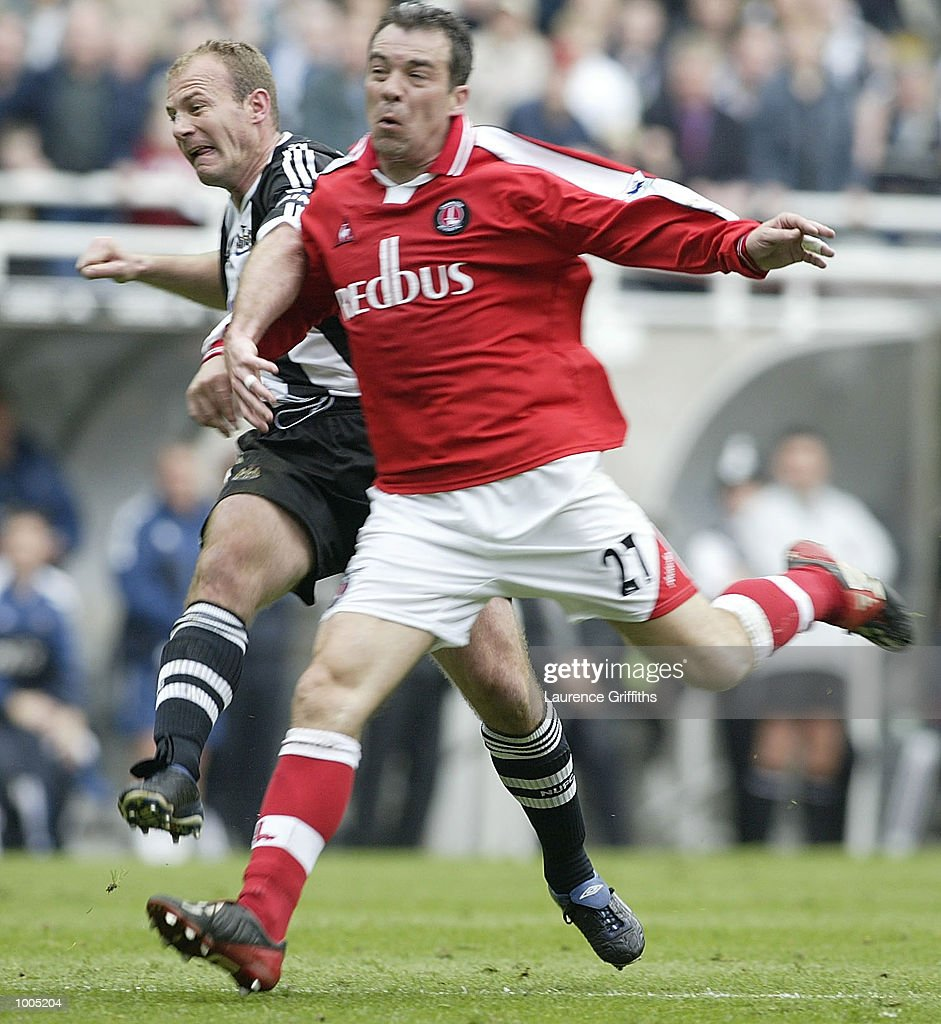 Alan Shearer of Newcastle scores his 200th league goal during the Newcastle United v Charlton Athletic FA Barclaycard Premiership match at St James Park, Newcastle. DIGITAL IMAGE Mandatory Credit: Laurence Griffiths/Getty Images