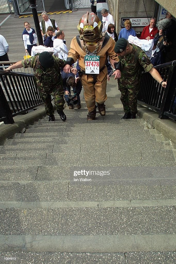 Charity runner Lloyd Scott on his way past Blackfriars during The 2002 Flora London Marathon. DIGITAL IMAGE Mandatory Credit: Ian Walton/Getty Images