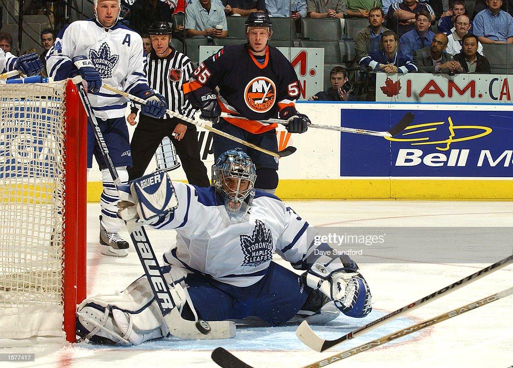 Islanders v Maple Leafs X Joseph : News Photo