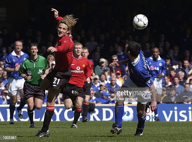 Diego Forlan of Man Utd clashes with Callum Davidson of Leicester during the Leicester City v Manchester United FA Barclaycard Premiership match at...