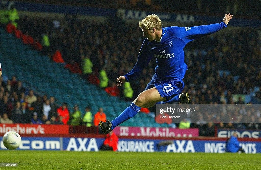Eidur Gudjohnsen of Chelsea shoots at goal during the Axa FA Cup Semi Final match between Chelsea and Fulham at Villa Park, Birmingham. DIGITAL IMAGE. Mandatory Credit: Ben Radford/Getty Images
