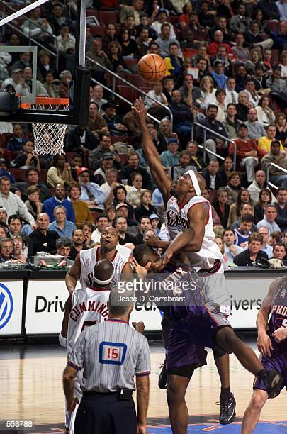 Forward Corie Blount of the Philadelphia 76ers shoots over forward Alton Ford of the Phoenix Suns during the NBA game at First Union Center in...