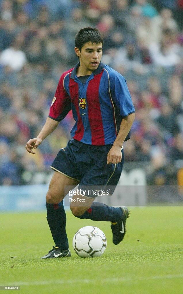 Javier Saviola of Barcelona in action during the Primera Liga match between Barcelona and Alaves, played at the Camp Nou Stadium, Barcelona. DIGITAL IMAGE. Mandatory Credit: Firo Foto/Getty Images