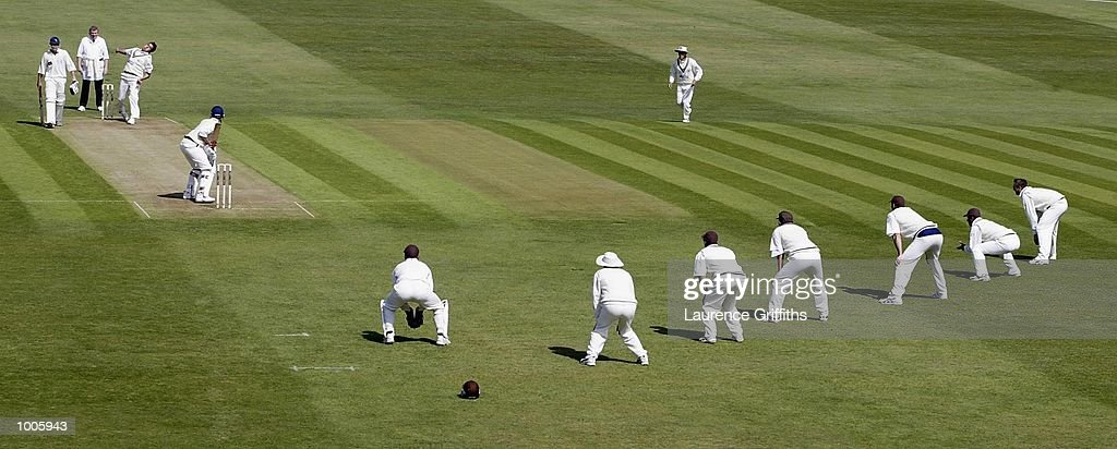 Jimmy Ormond of Surrey fires in a delivery to Scott Richardson of Yorkshire with six slips awaiting the catch during the Frizzell County Championship game between Yorkshire and Surrey at Headingley, Leeds. DIGITAL IMAGE Mandatory Credit: Laurence Griffiths/Getty Images