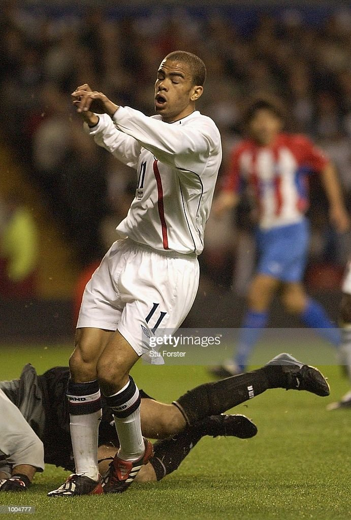 Kieron Dyer of England misses a chance on goal during the Nationwide friendly match between England and Paraguay at Anfield, Liverpool. DIGITAL IMAGE. Mandatory Credit: Stu Forster/Getty Images