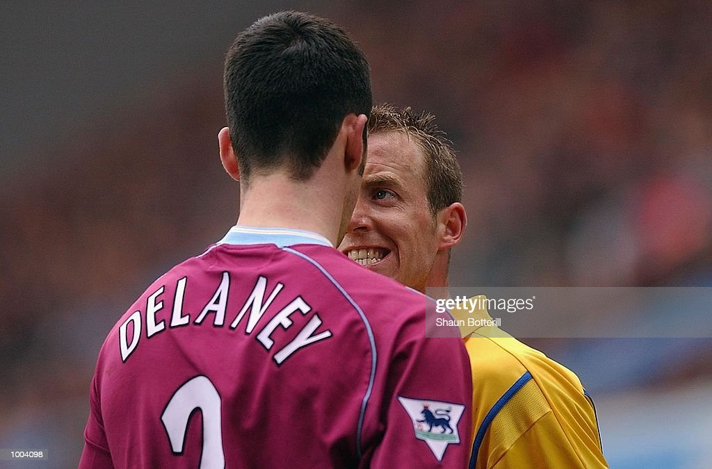 Lee Bowyer of Leeds squares up to Mark Delaney of Villa during the FA Barclaycard Premiership match between Aston Villa and Leeds United at Villa Park, Birmingham. DIGITAL IMAGE. Mandatory Credit: Shaun Botterill/Getty Images