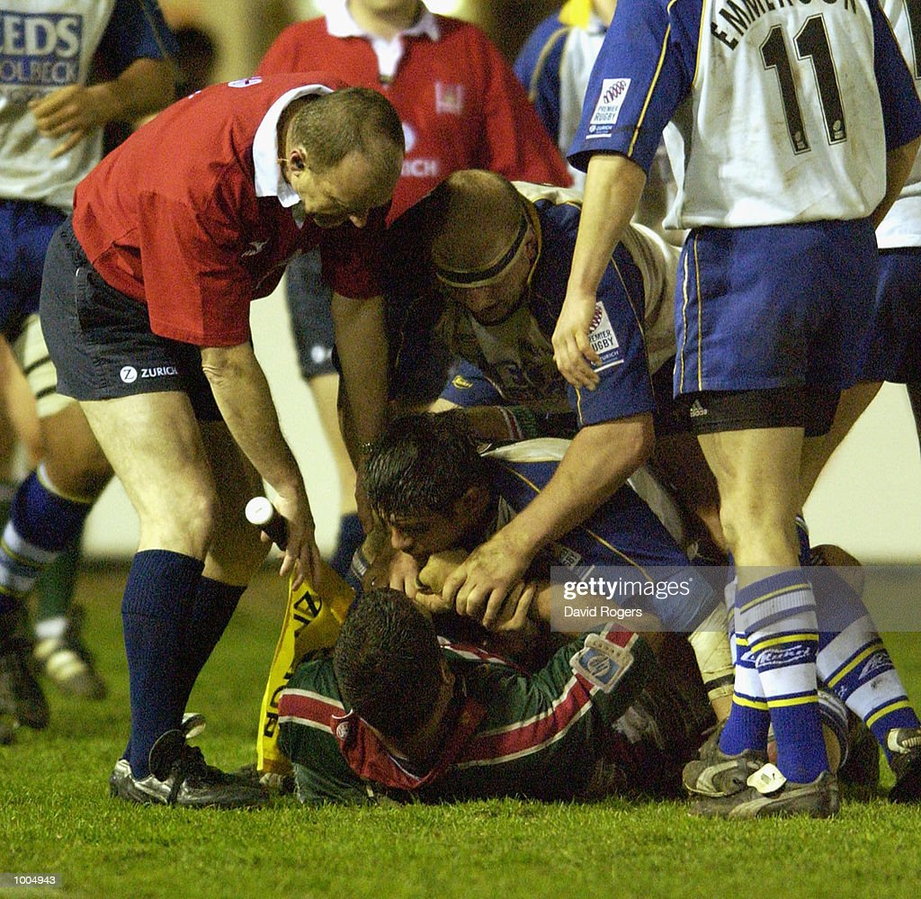 Martin Johnson, the Leicester captain is punched by Leeds'' forwards during the Zurich Premiership match between Leicester Tigers and Leeds Tykes at Welford Road, Leicester. DIGITAL IMAGE Mandatory Credit: Dave Rogers/Getty Images