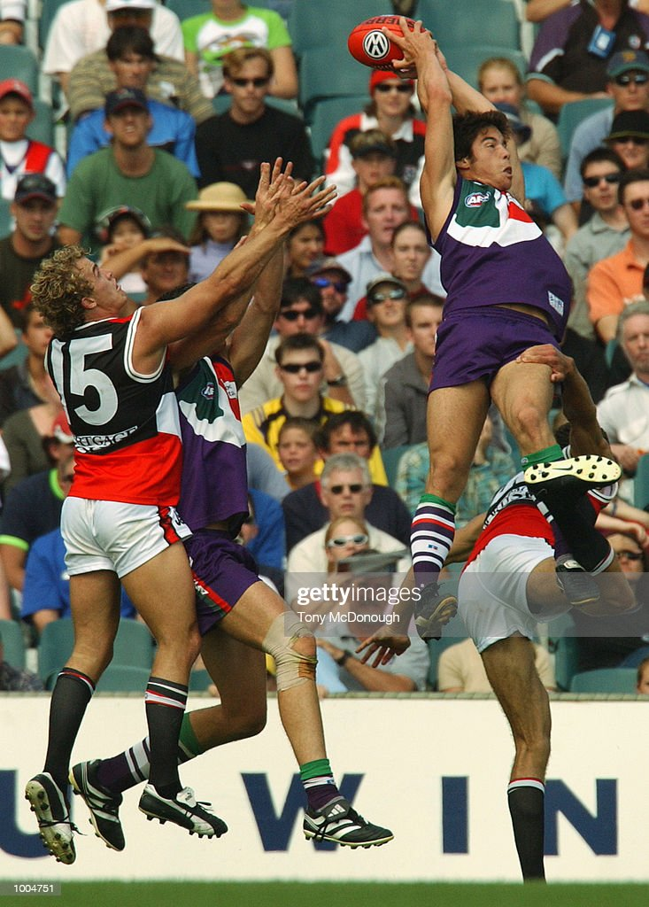 Paul Medhurst #34 for the Fremantle Dockers marks the ball during the round two AFL match between the Fremantle Dockers and St Kilda Saints played at Subiaco Oval in Western Australia.Mandatory Credit: Tony McDonough/Getty Images