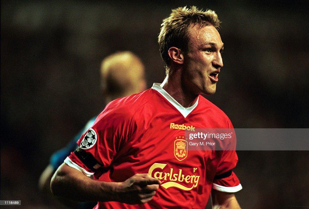 Liverpool v Bayer x : News Photo