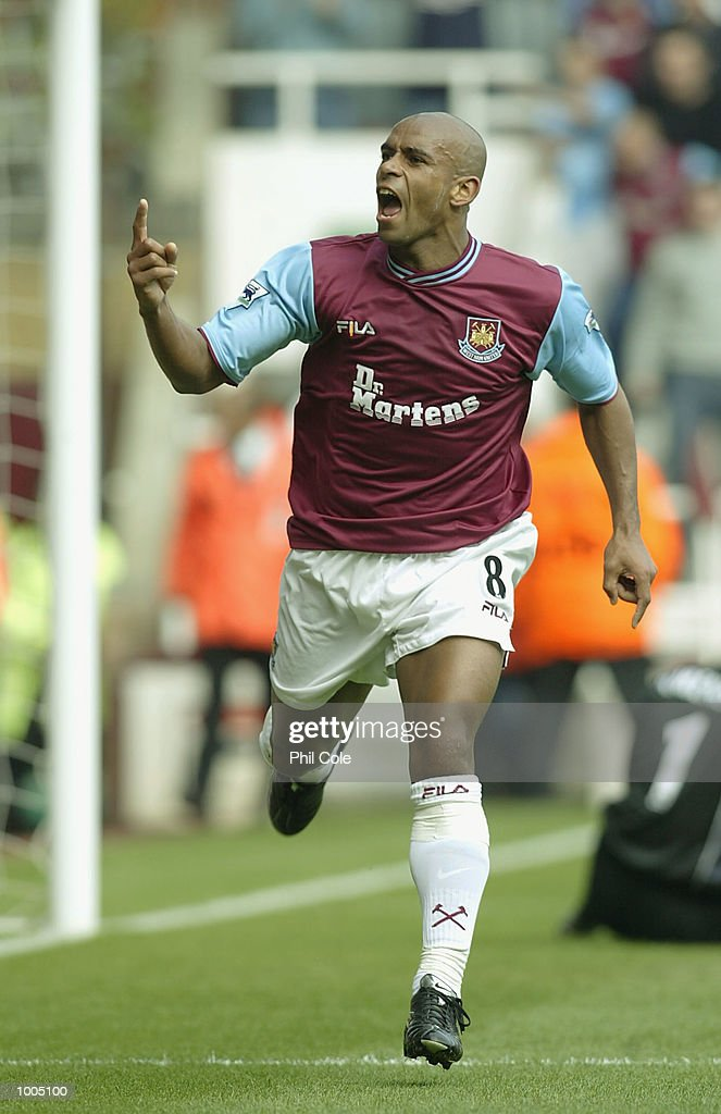 Trevor Sinclair of West Ham celebrates after scoring the opening goal during the FA Barclaycard Premiership match between West Ham United and Sunderland at Upton Park, London. DIGITAL IMAGE. Mandatory Credit: Phil Cole/Getty Images