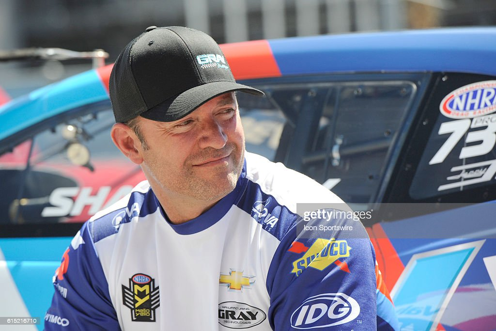 Shane Gray Chevrolet Camaro Nhra Pro Stock Waits For The Third Round