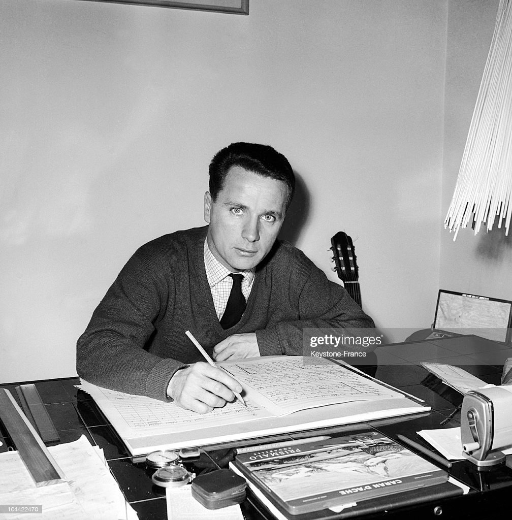 Maurice Jarre At His Work Table 1963 : Nieuwsfoto's