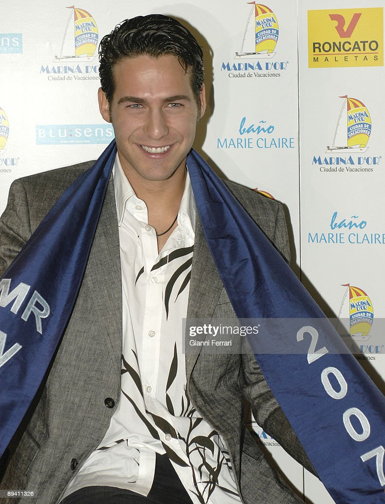 April 12, 2007. Madrid, Spain. Juan Garcia Postigo, Miss Spain 2006, has been elected Mister World in London. In the image, Mister Word during his presentation to the Spanish press after his triumph. : News Photo