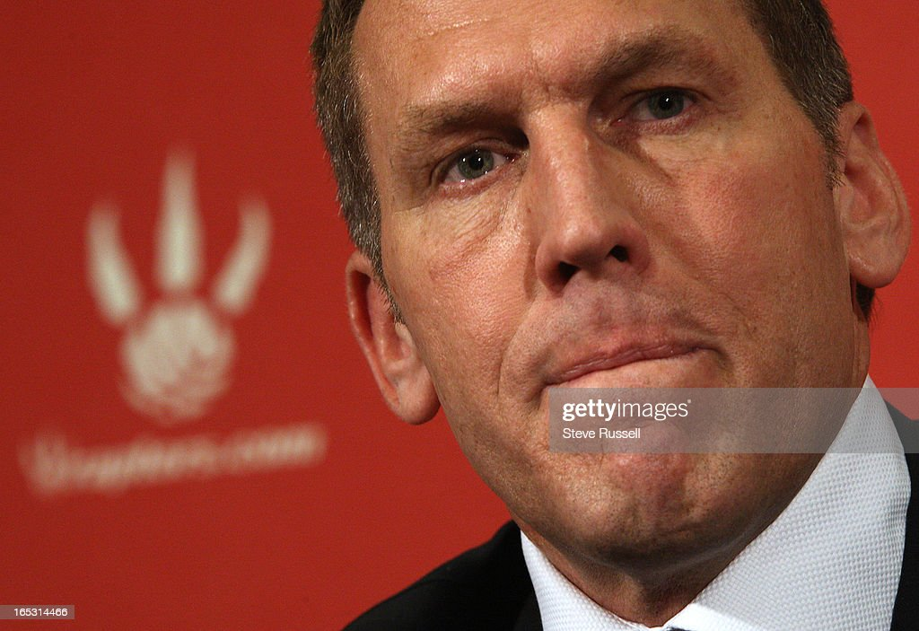 April 19, 2010 Brian Colangelo addresses the Toronto media and the questions that will have to be ad : News Photo