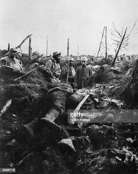 An expedition finds a German soldier still alive in a trench in France during World War I.