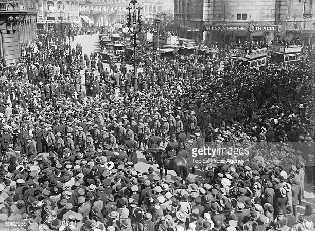 A large crowd in the Strand on Anzac day