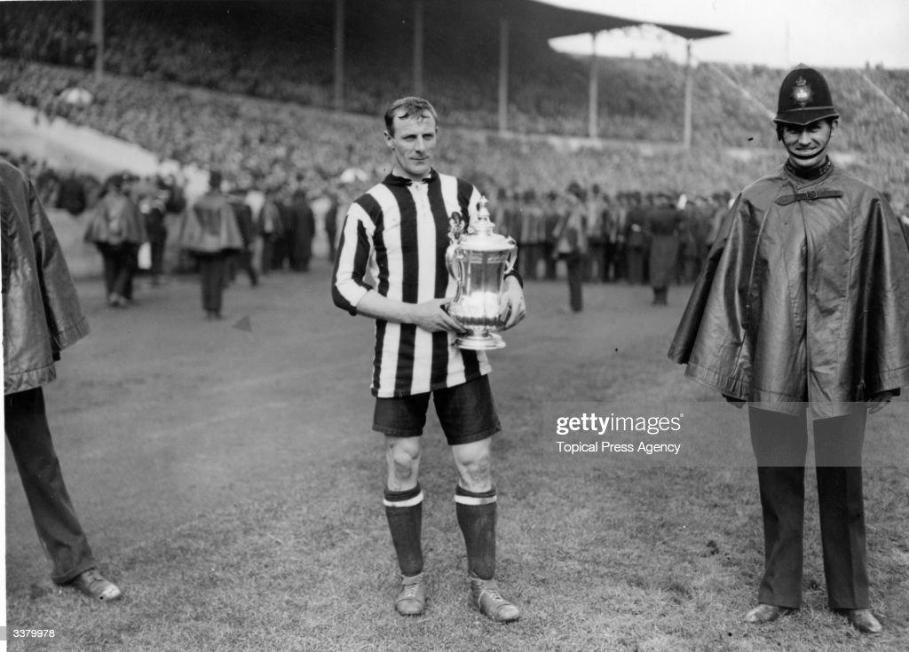 Newcastle Cup Win : News Photo