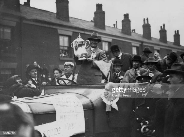 Members of the victorious Bolton Wanderers football team arriving in Bolton after beating Manchester City in the FA Cup final