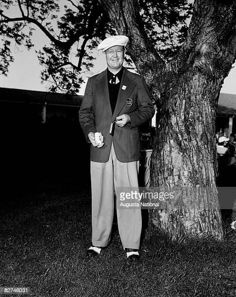 Byron Nelson during the 1942 Masters Tournament at Augusta National Golf Club on April 913 1942 in Augusta Georgia