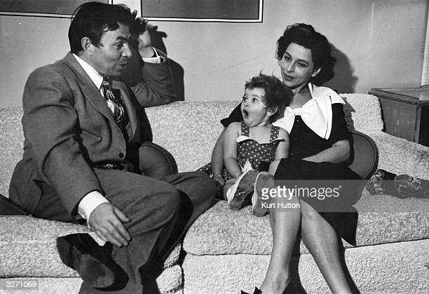 English actor James Mason his wife Pamela Kelling and their daughter Portland at home in the Hollywood district of Los Angeles California Original...