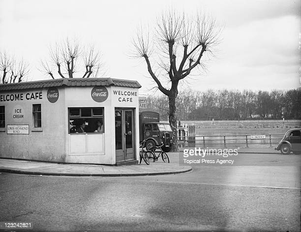 The spot on the on the embankment by Putney Bridge London where English serial killer John Christie was arrested on 31st March 1953 a week after the...